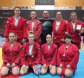 Четири шампионски титли за панагюрските самбисти от Държавния личен и отборен шампионат