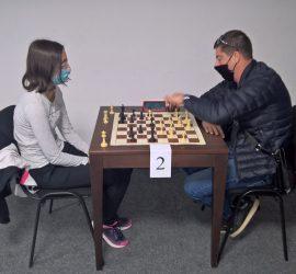 Гинка Юрукова спечели шахматния турнир, посветен на Деня на машиностроителя