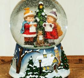 """ЕКИПЪТ НА """"АРАХНА"""" ви пожелава весели празници!"""