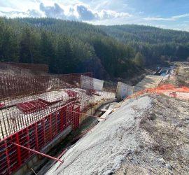 """Строителството на язовир """"Луда Яна"""" и Пречиствателна станция за питейни води е възобновено"""