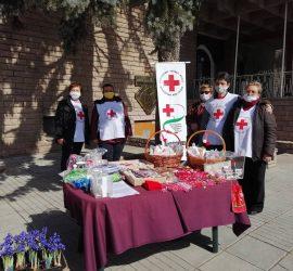 Около 3 000 лева събраха доброволците от БЧК-Панагюрище от благотворителния мартенски базар