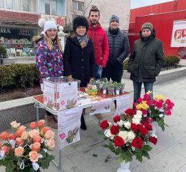"""Ротаракт клуб – Панагюрище проведе кампания под надслов """"С цвете в ръка срещу репродуктивните проблеми"""""""