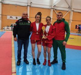 """Две шампионски титли, една вицешампионска и два бронзови медала завоюваха самбистите на """"Бойни спортове""""-Панагюрище"""
