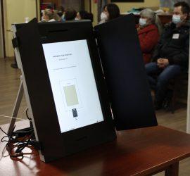 2 777  са гласувалите в община Панагюрище към 11 часа