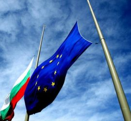 На 13 април 2005г. : ЕП подкрепи членството на България и Румъния в ЕС