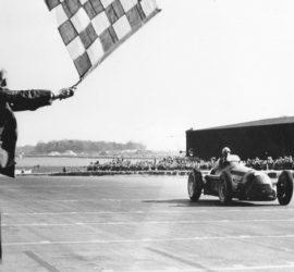 """""""Формула 1"""" стана на 71 години"""