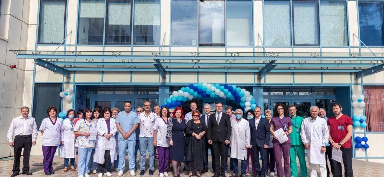 """За 5 години в """"Уни Хоспитал"""" са лекувани 80 000 пациенти, извършените операции са над 12 000"""