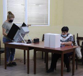 Изборният ден в община Панагюрище приключи с 36,86% избирателна активност