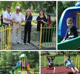 Откриха новоизградената детска площадка в с.Панагюрски колонии