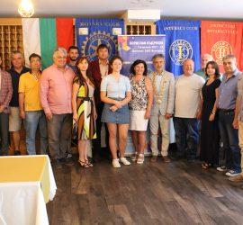 Дистрикт-гуверньорът на Ротари България Борислав Къдреков гостува на панагюрските ротарианци