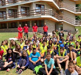 """И деца от Панагюрище се включиха в лагер, с който приключи обучителната година по Национална превантивна програма """"Детско полицейско управление"""""""