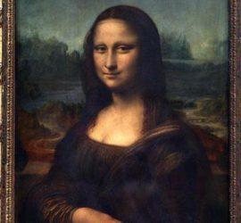На 21 август 1911 г. картината Мона Лиза е открадната от служител на Лувъра