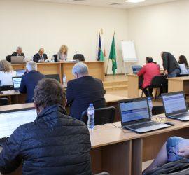 Дневен ред от 4 точки и две общи събрания на днешната сесия на Общински съвет-Панагюрище