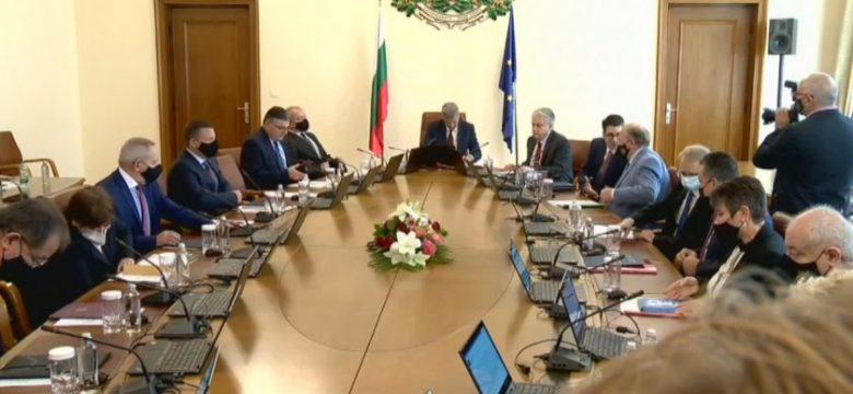 Вицепремиерът в сужебния кабинет Бойко Рашков ще отговаря за координацията по организационно-техническата подготовка на изборите